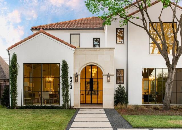Dallas Neighborhood Home For Sale - $2,595,000