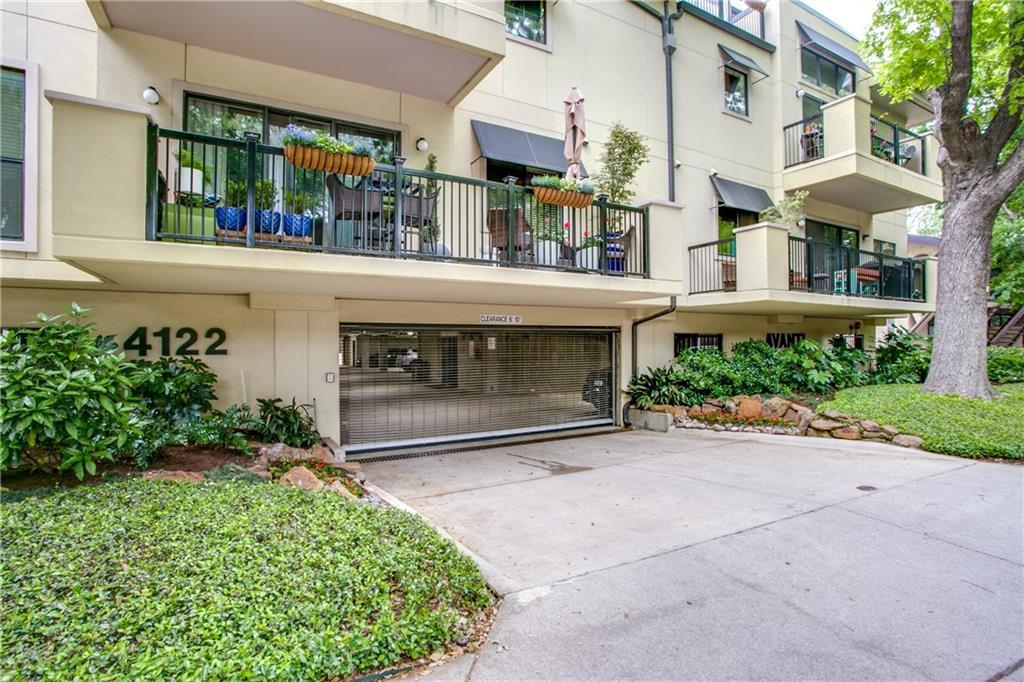 Dallas Neighborhood Home For Sale - $339,900