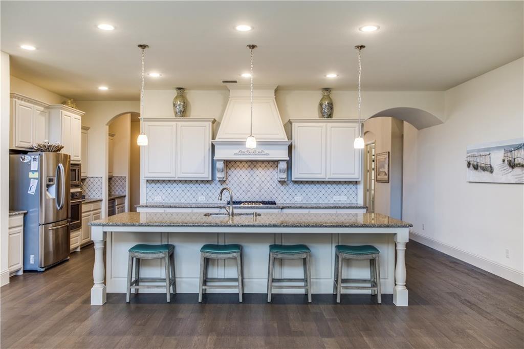 Allen Neighborhood Home For Sale - $570,000
