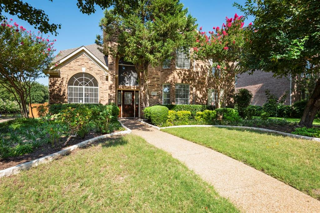 Plano Neighborhood Home For Sale - $444,900