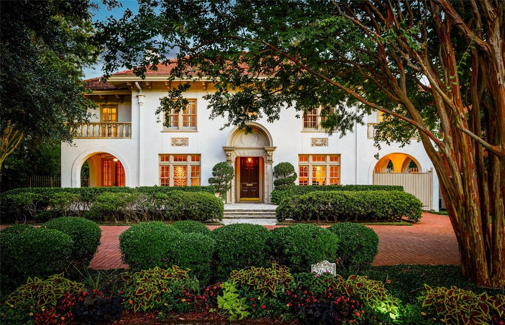 Highland Park Neighborhood Home - Contingent Offer Made - $5,495,000