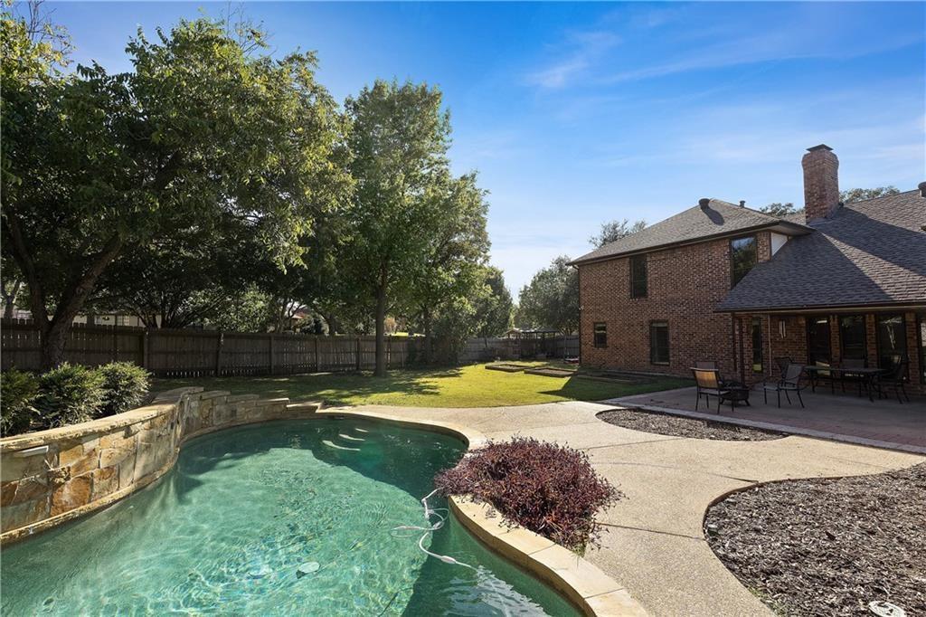 Garland Neighborhood Home For Sale - $369,000