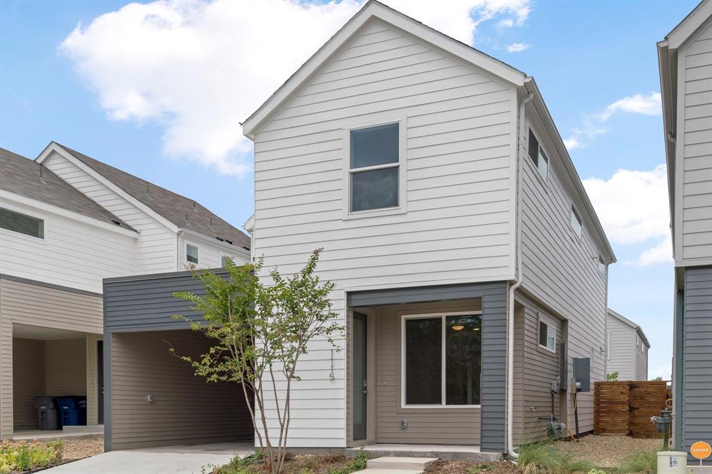 Dallas Neighborhood Home For Sale - $399,975