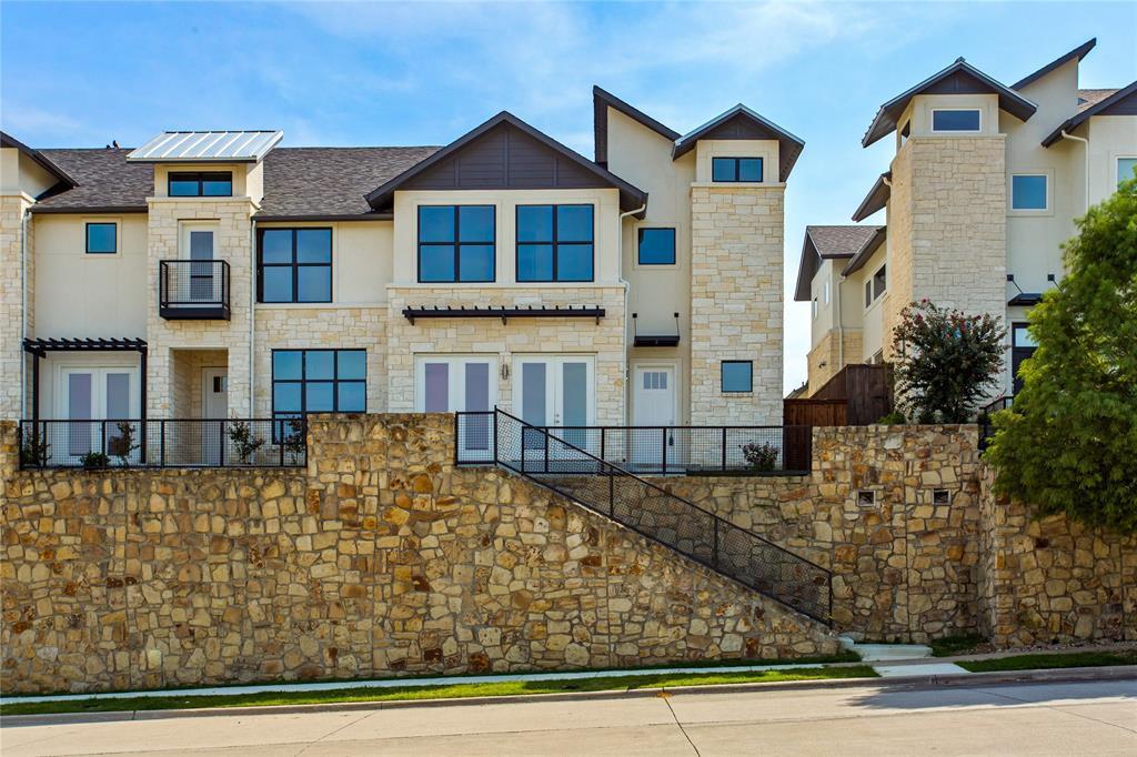 Carrollton Neighborhood Home For Sale - $474,999