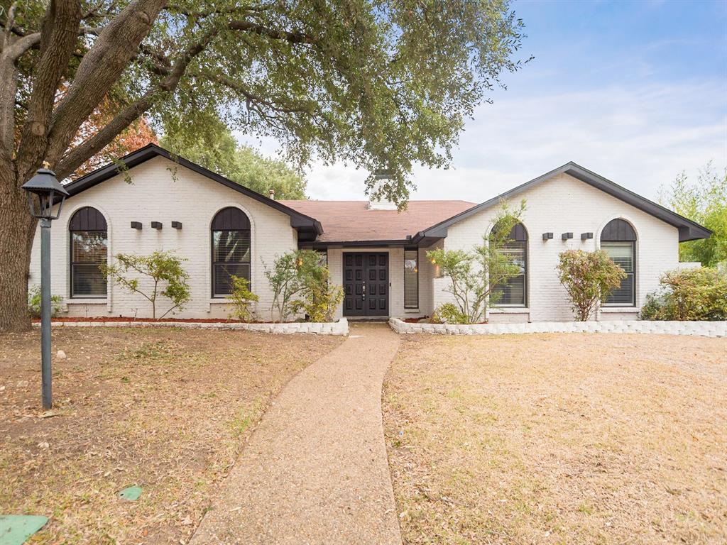 Dallas Neighborhood Home For Sale - $374,900