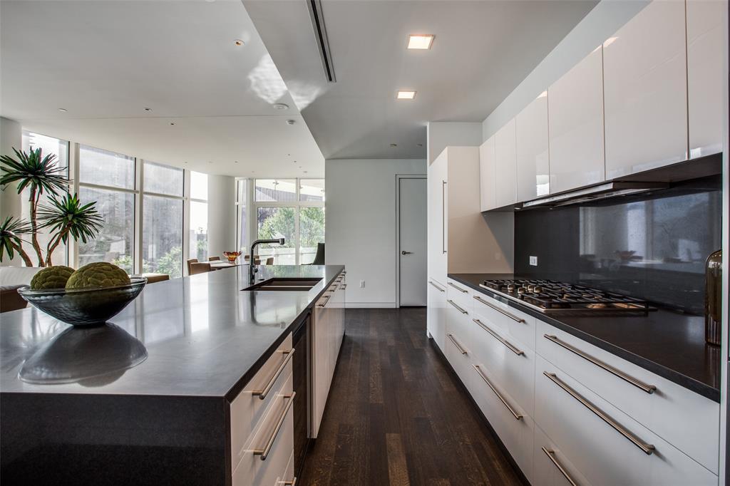Dallas Neighborhood Home For Sale - $1,650,000