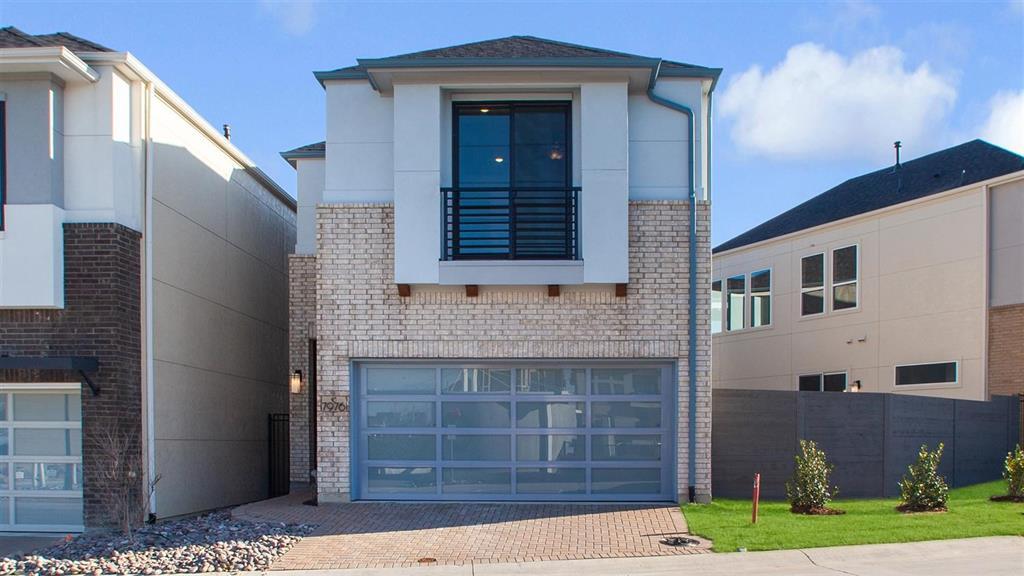 Dallas Neighborhood Home For Sale - $527,731