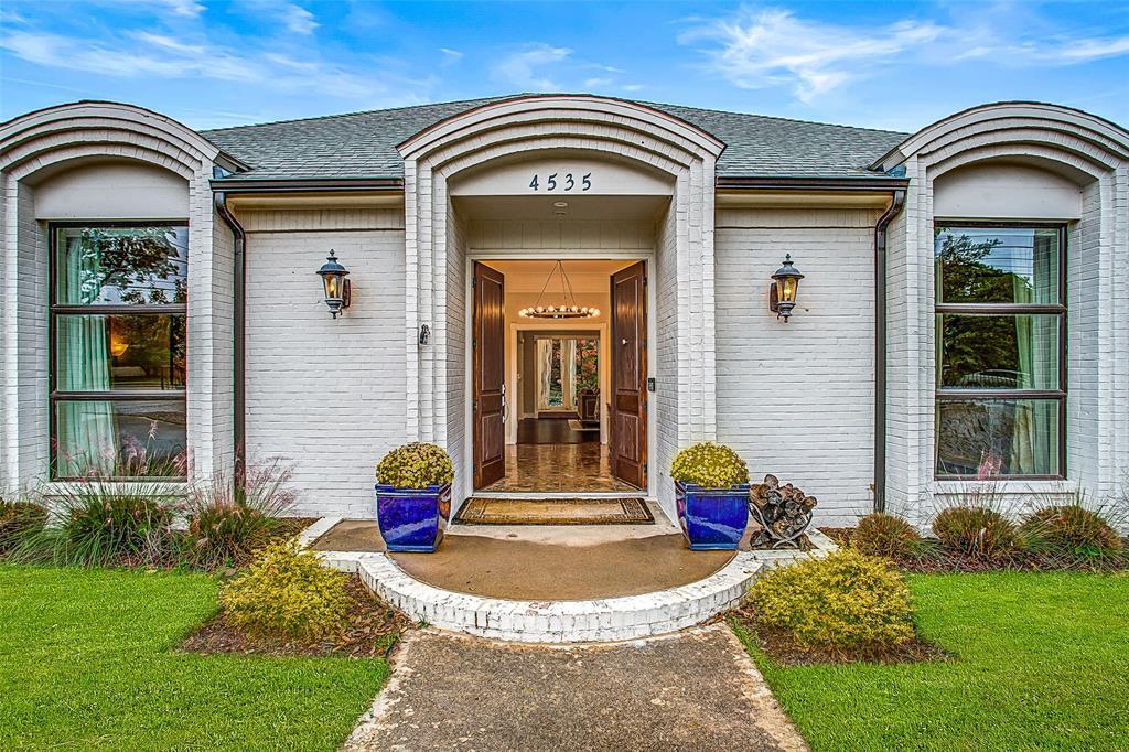 Dallas Neighborhood Home For Sale - $1,197,000