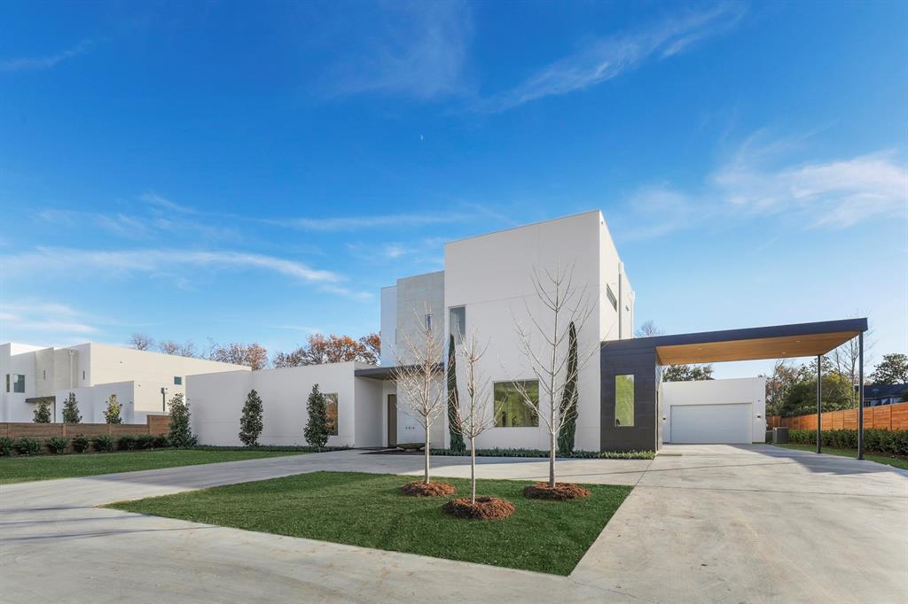 Dallas Neighborhood Home For Sale - $3,400,000