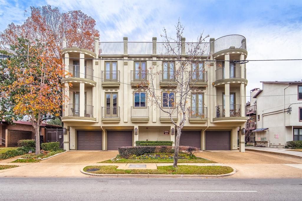 Dallas Neighborhood Home For Sale - $439,000
