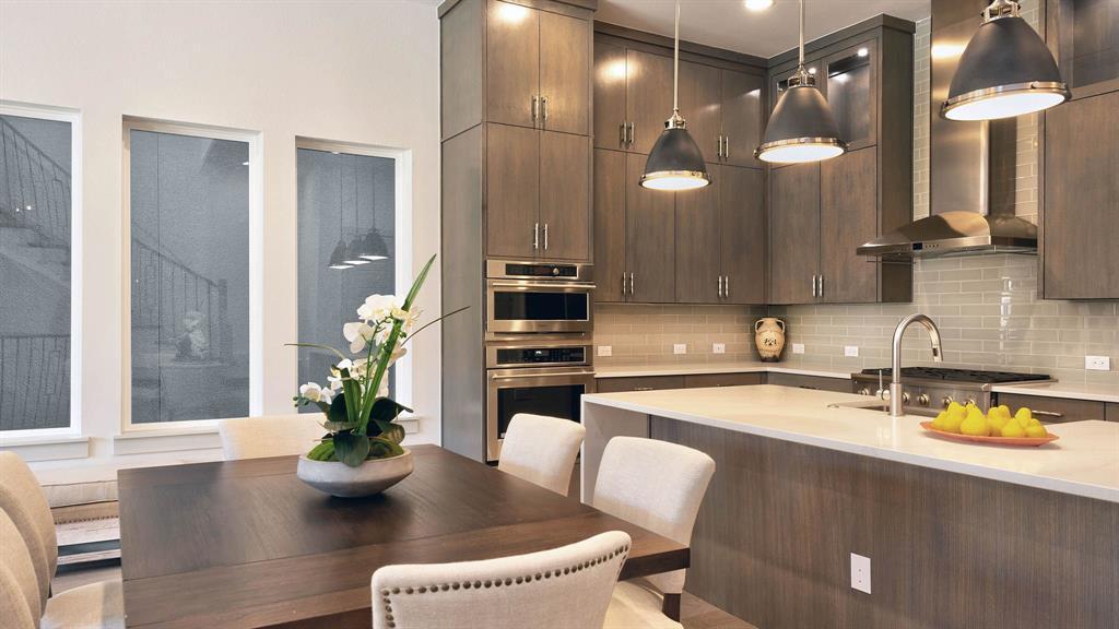 Plano Neighborhood Home For Sale - $849,900