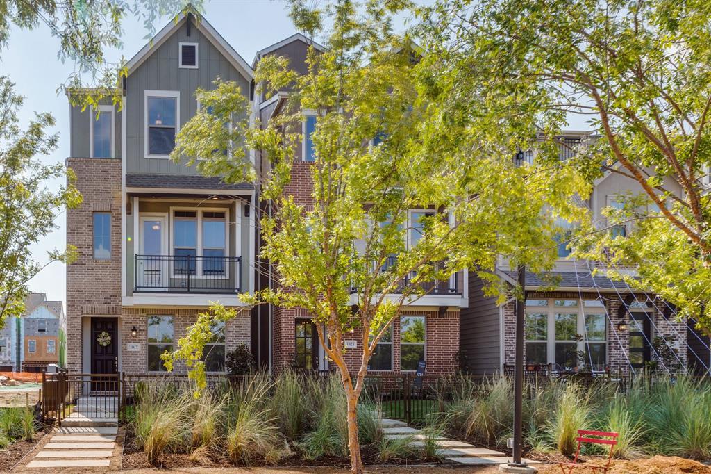 Dallas Neighborhood Home For Sale - $505,000