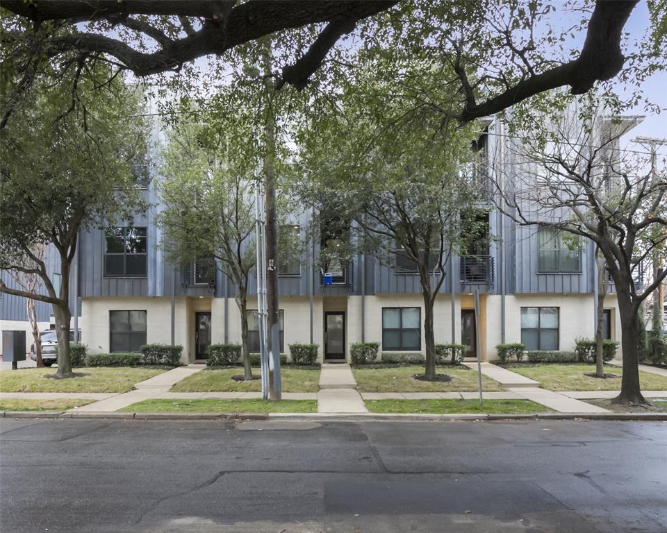 Dallas Neighborhood Home For Sale - $510,000