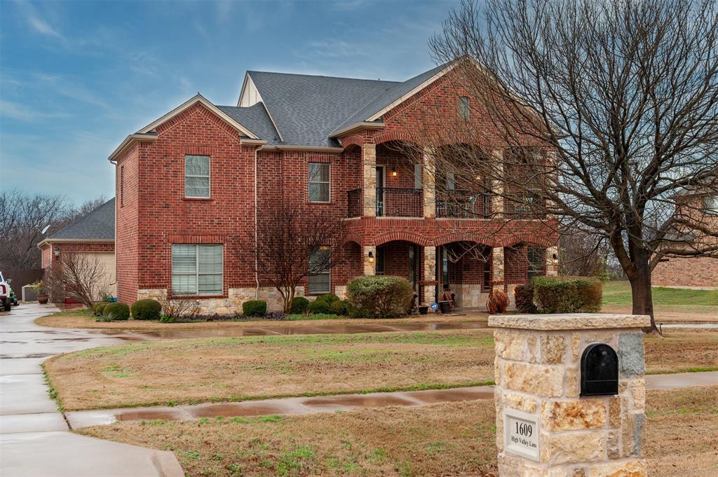 Cedar Hill Neighborhood Home For Sale - $539,900