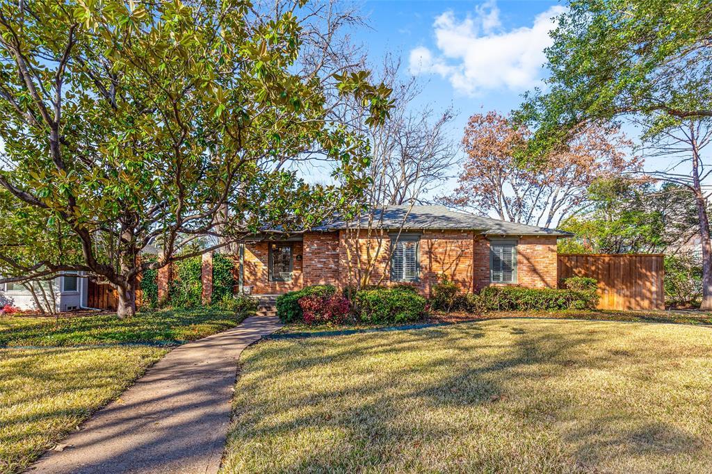 Dallas Neighborhood Home For Sale - $525,000