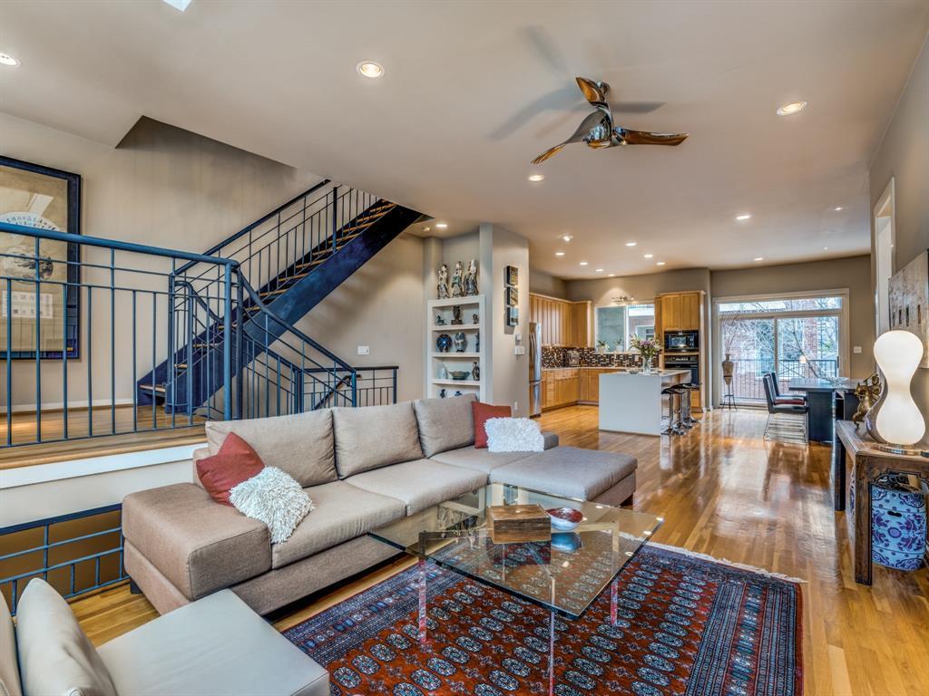 Dallas Neighborhood Home For Sale - $625,000