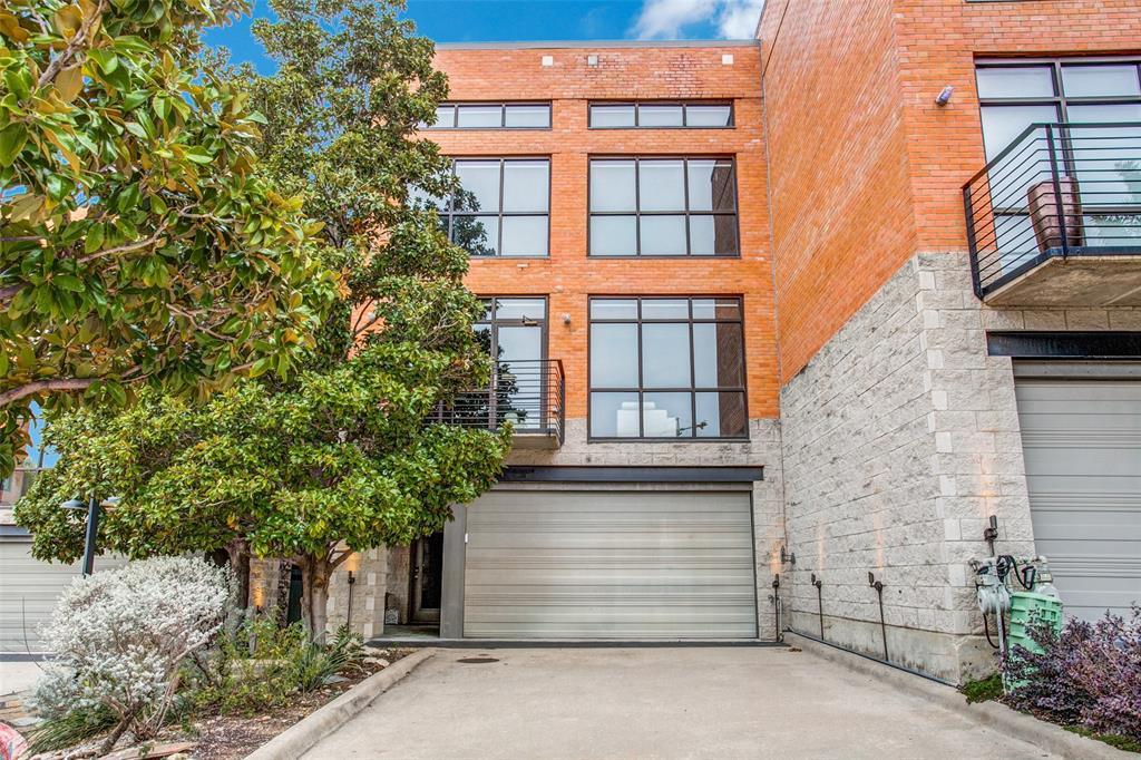 Dallas Neighborhood Home For Sale - $995,000