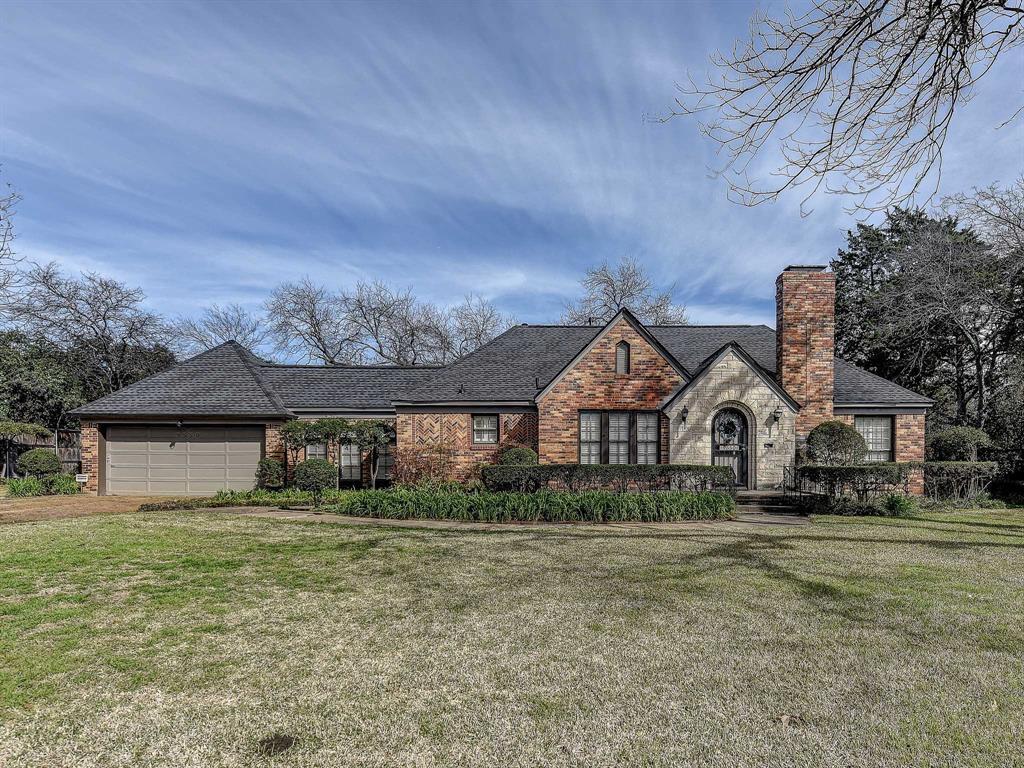 Dallas Neighborhood Home For Sale - $700,000