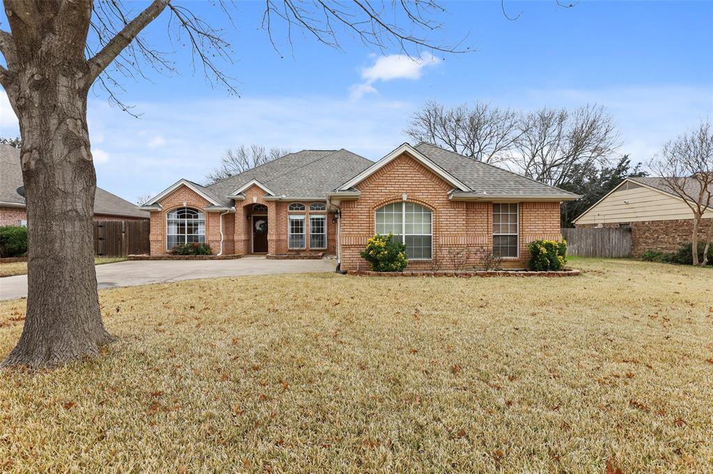 Trophy Club Neighborhood Home For Sale - $375,000