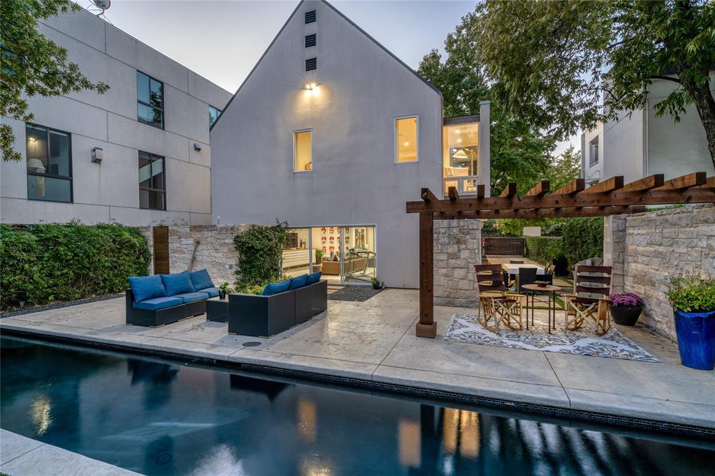 Dallas Neighborhood Home For Sale - $1,990,000