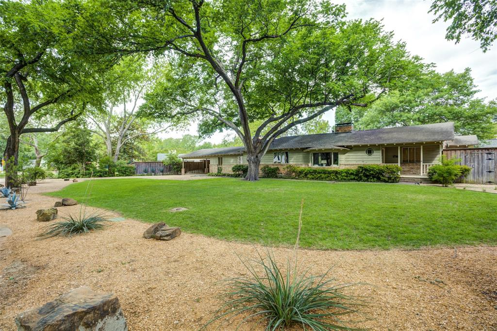 Bluffview Area Neighborhood Home For Sale