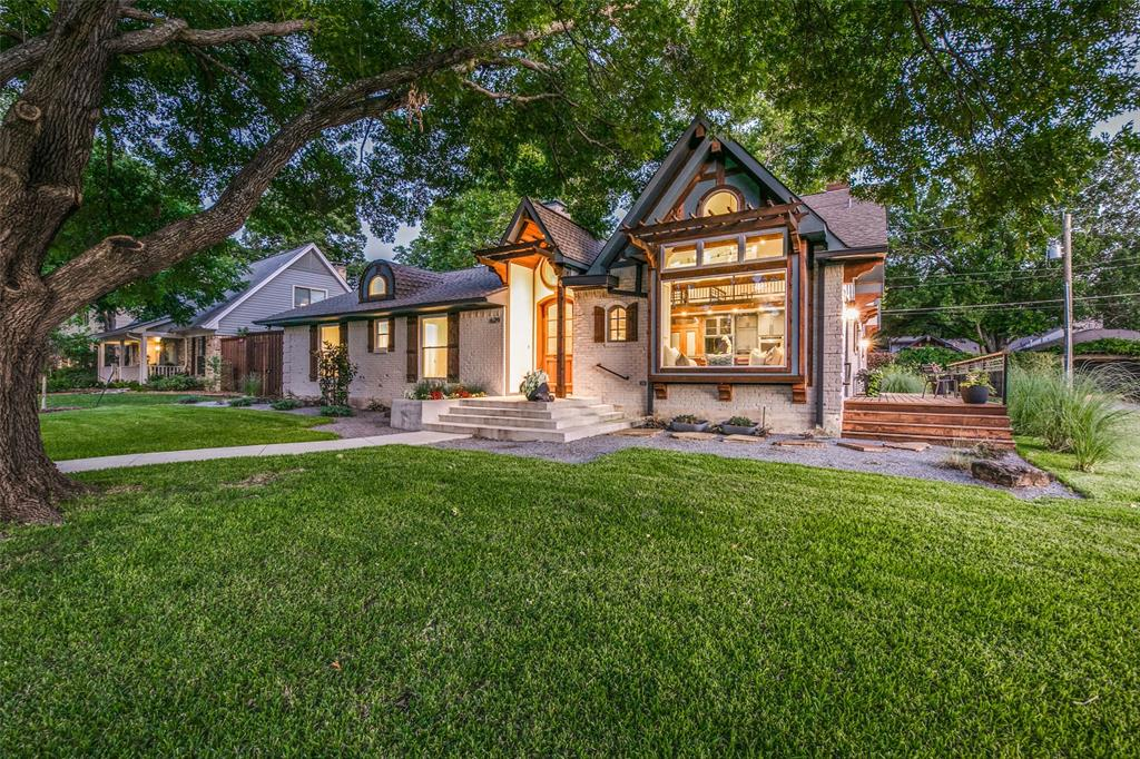 Richardson Neighborhood Home For Sale - $788,000