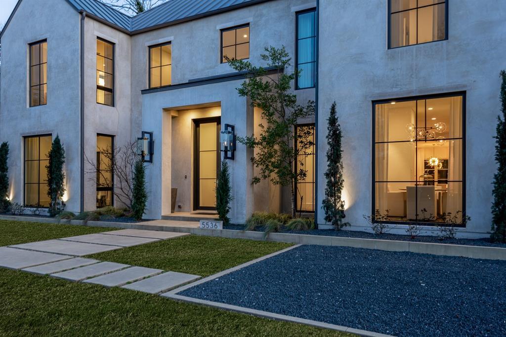 Dallas Neighborhood Home For Sale - $2,500,000