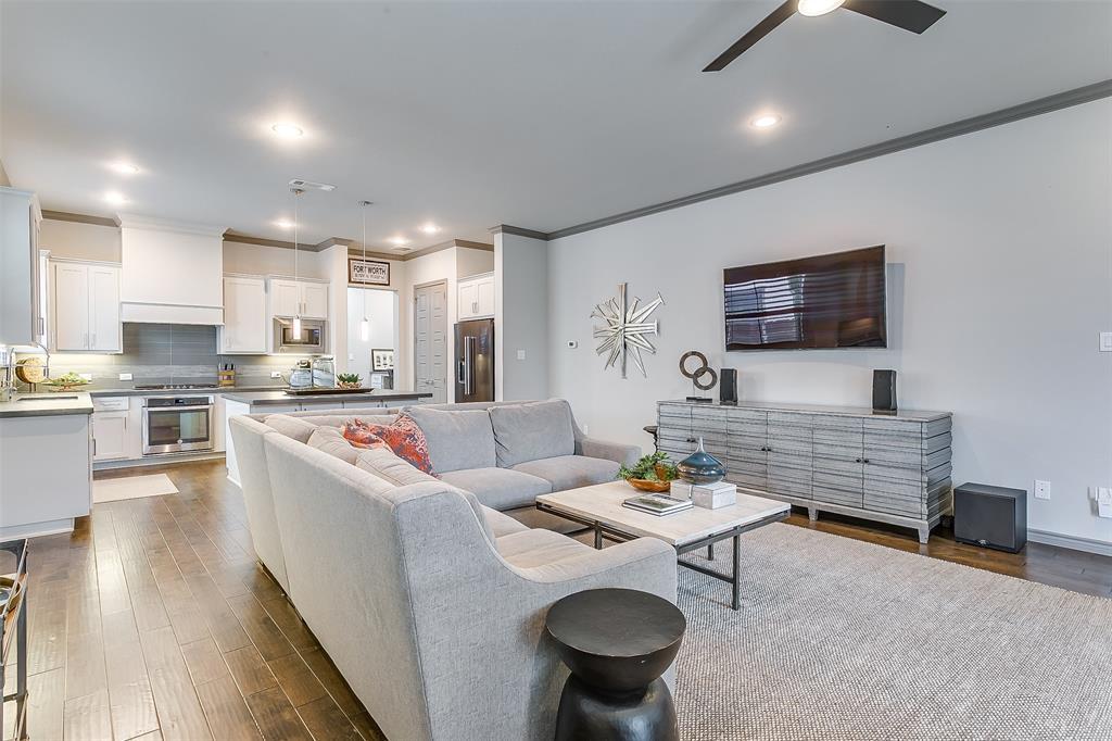 Fort Worth Neighborhood Home For Sale - $434,000