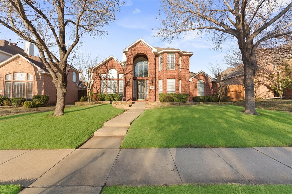 Plano Neighborhood Home For Sale - $449,900