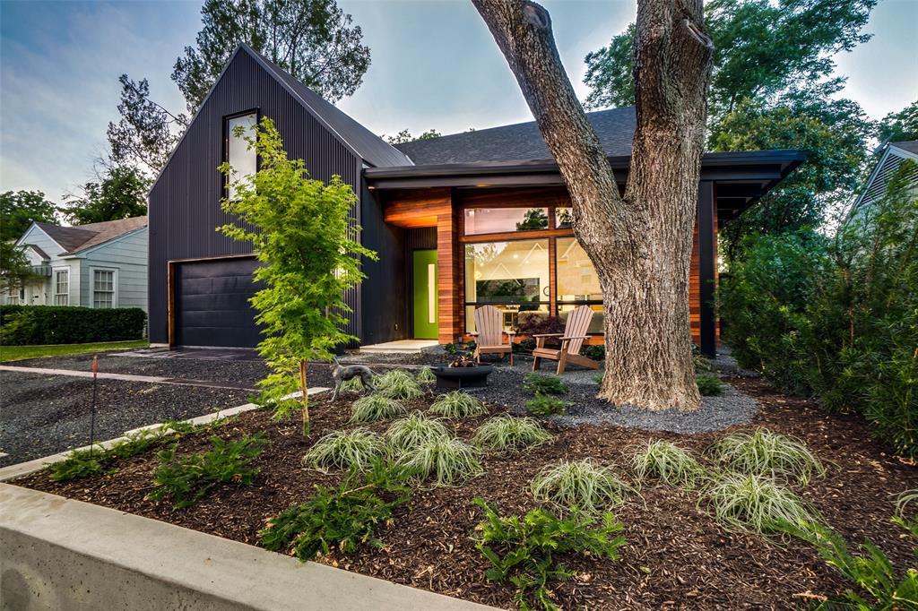 Dallas Neighborhood Home For Sale - $1,180,000