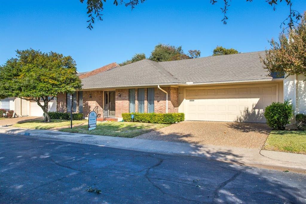 Dallas Neighborhood Home For Sale - $363,000