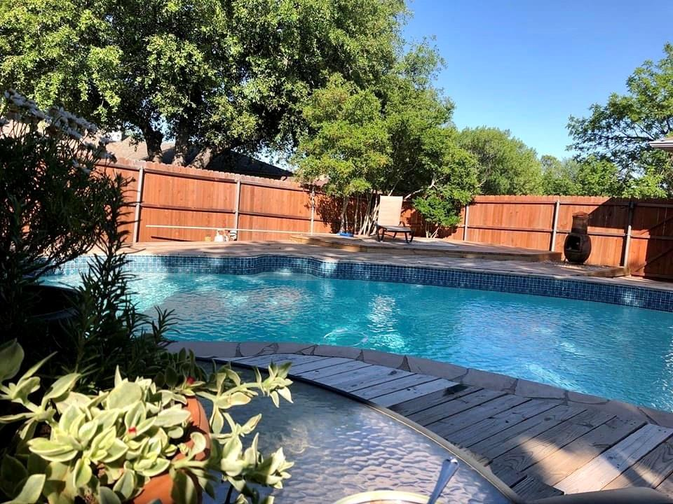 Garland Neighborhood Home For Sale - $319,900