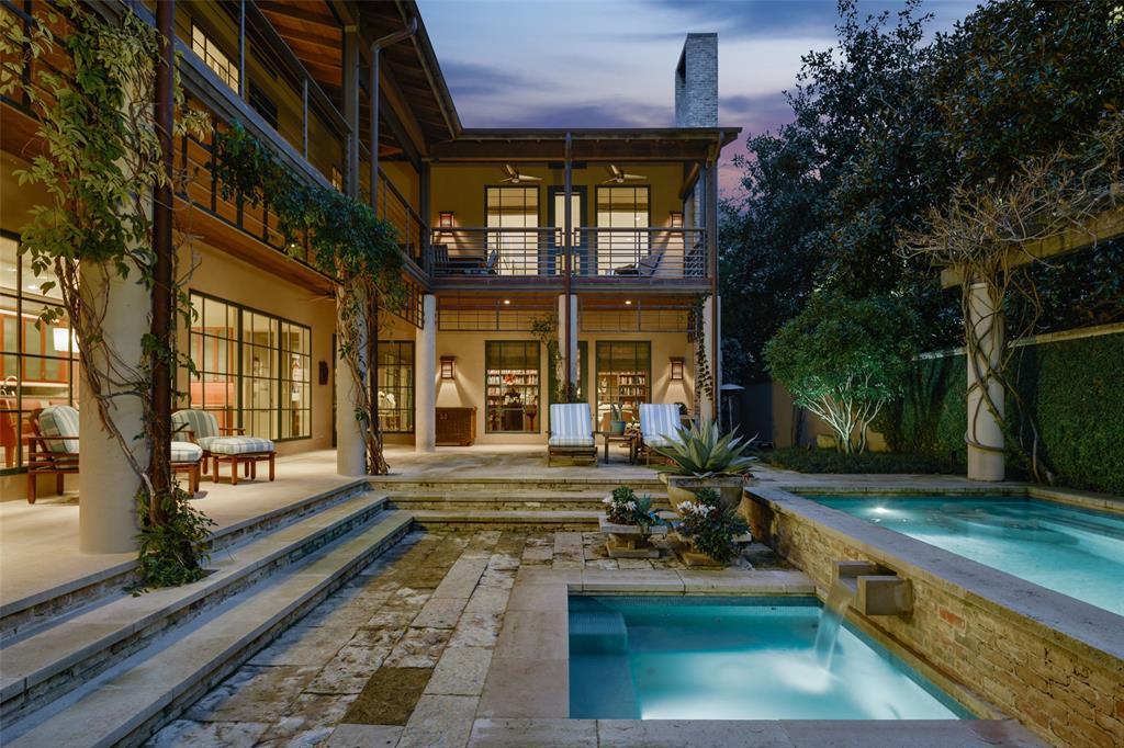 Highland Park Neighborhood Home For Sale - $5,495,000