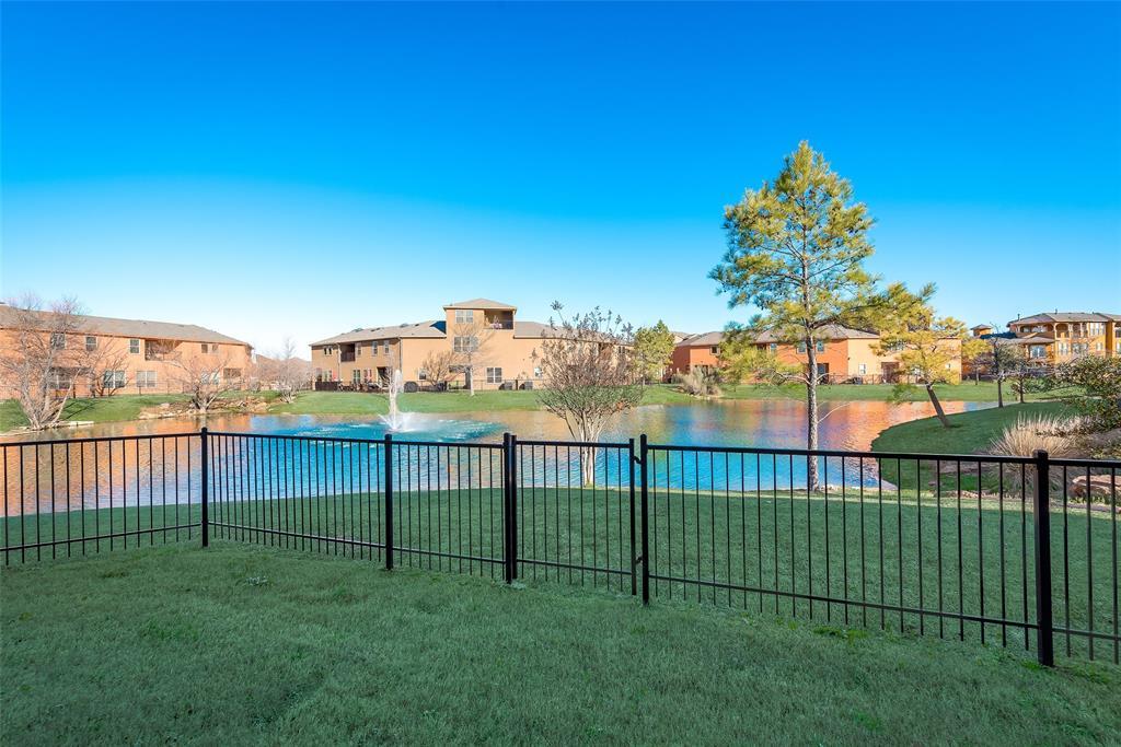 Grand Prairie Neighborhood Home For Sale - $325,000