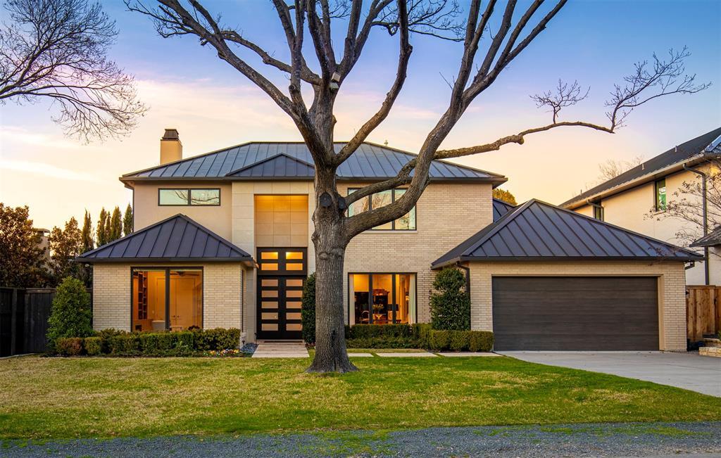Dallas Neighborhood Home For Sale - $1,775,000