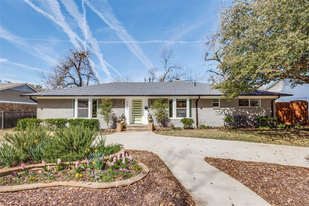Dallas Neighborhood Home For Sale - $695,000