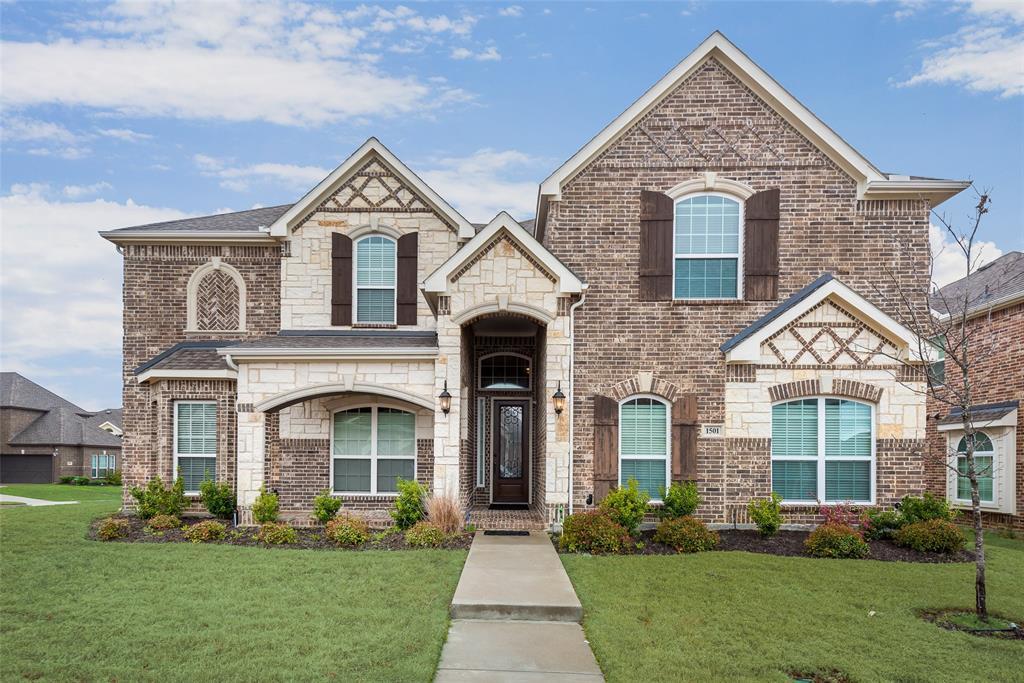 Garland Neighborhood Home For Sale - $445,000