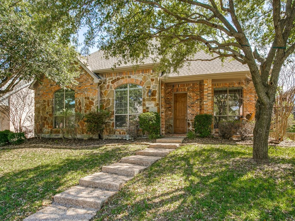 Allen Neighborhood Home For Sale - $424,000