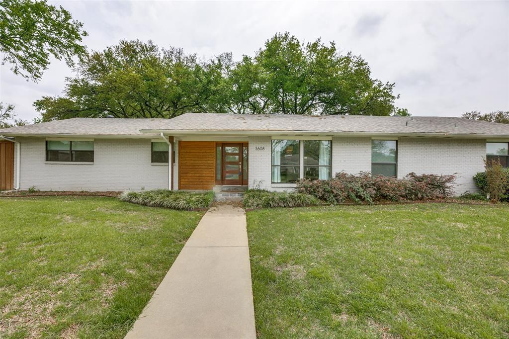 Dallas Neighborhood Home For Sale - $490,000