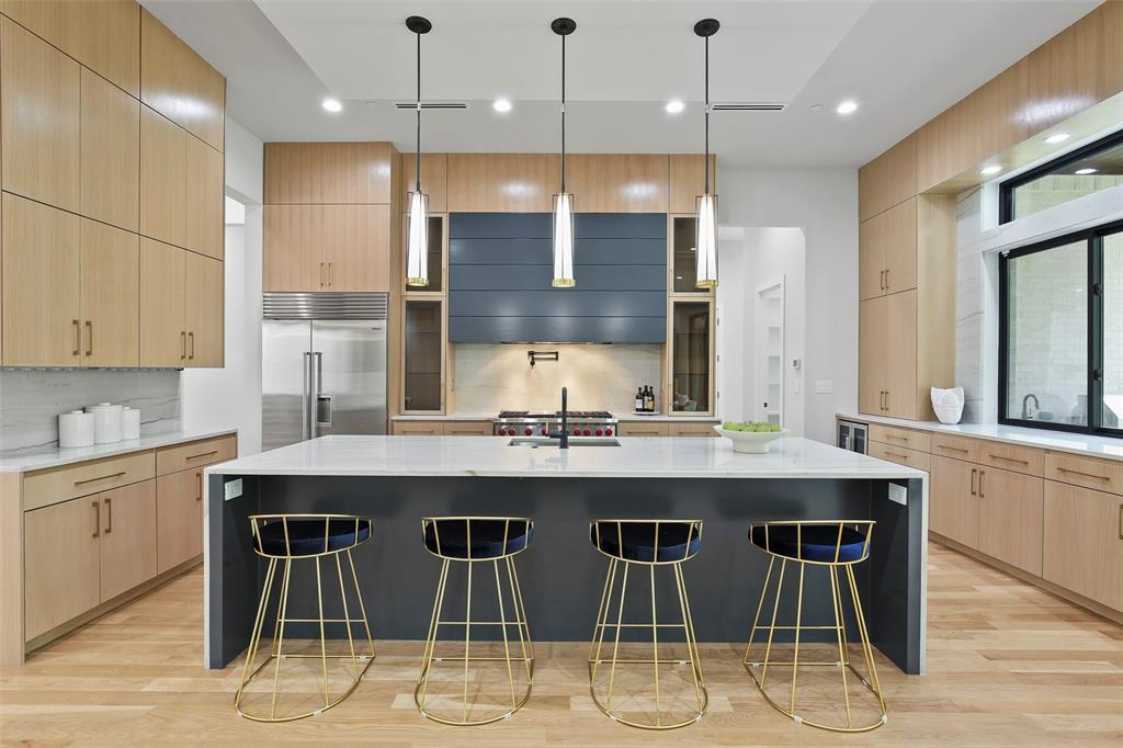 Dallas Neighborhood Home For Sale - $2,375,000