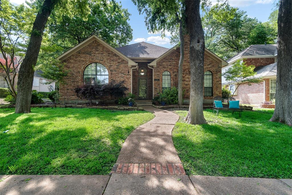 Garland Neighborhood Home For Sale - $329,000