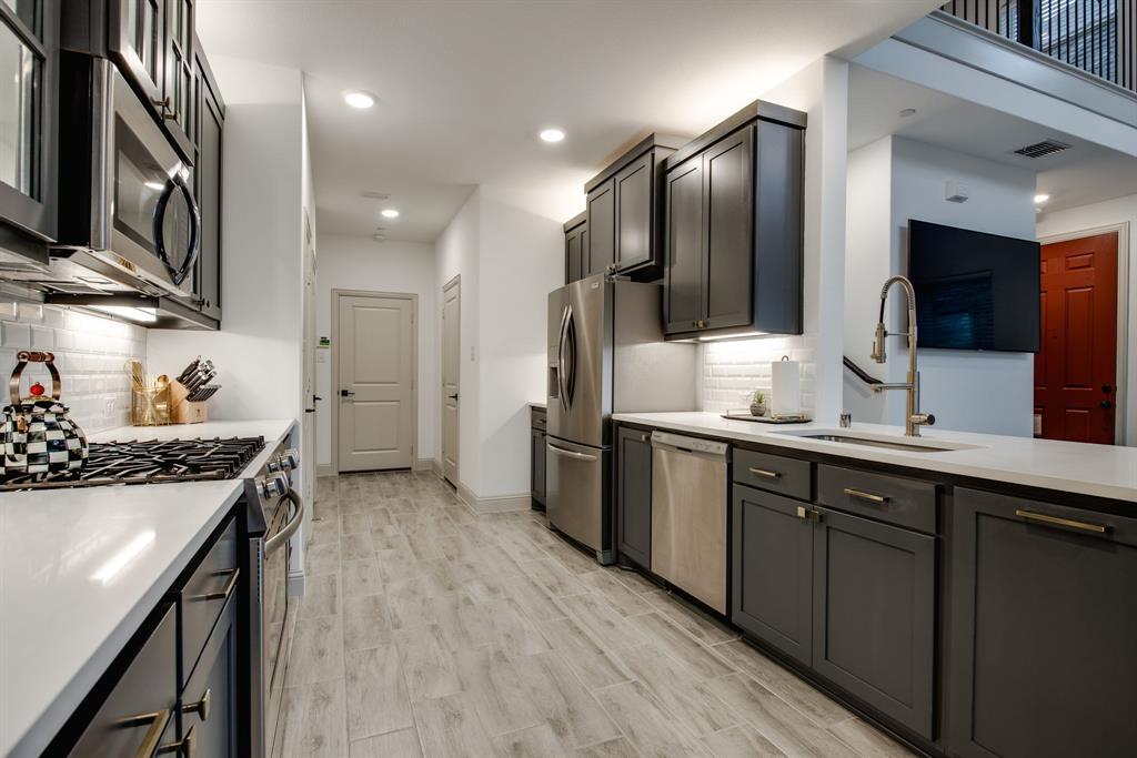 Allen Neighborhood Home For Sale - $345,000