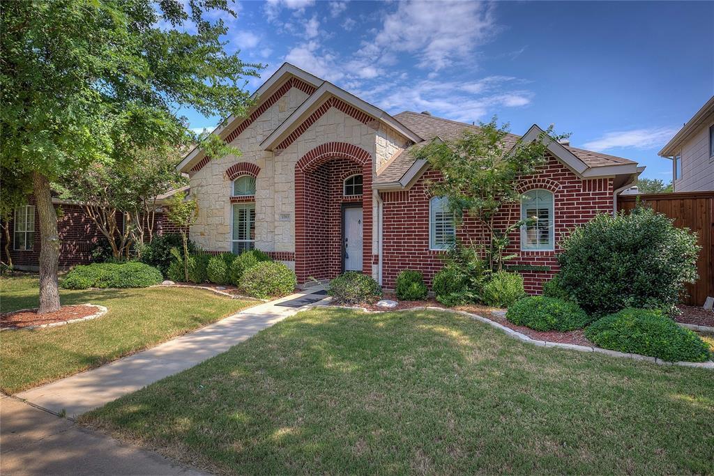 Allen Neighborhood Home For Sale - $299,900