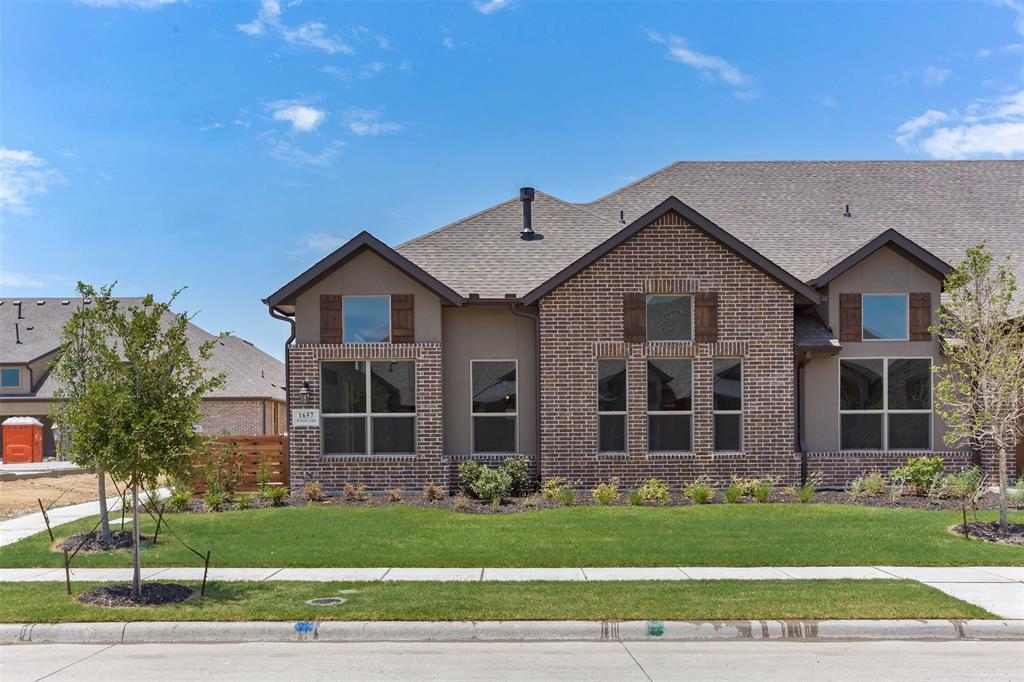 Garland Neighborhood Home For Sale - $299,000