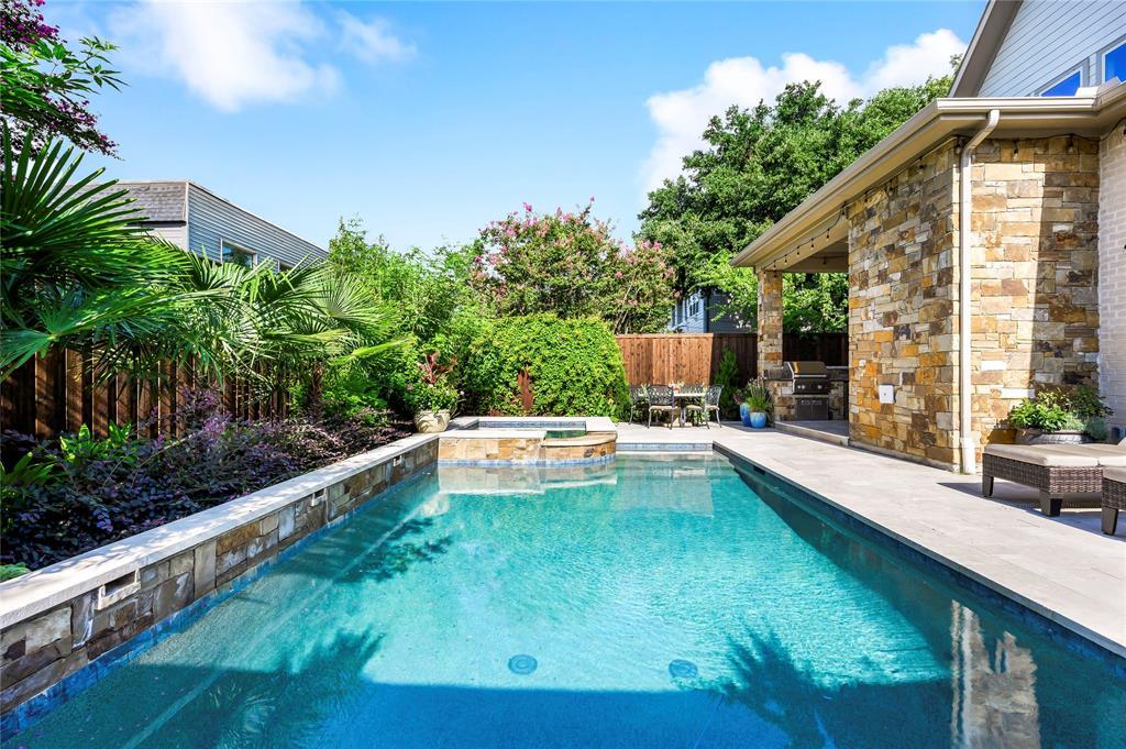 Dallas Neighborhood Home For Sale - $1,469,000