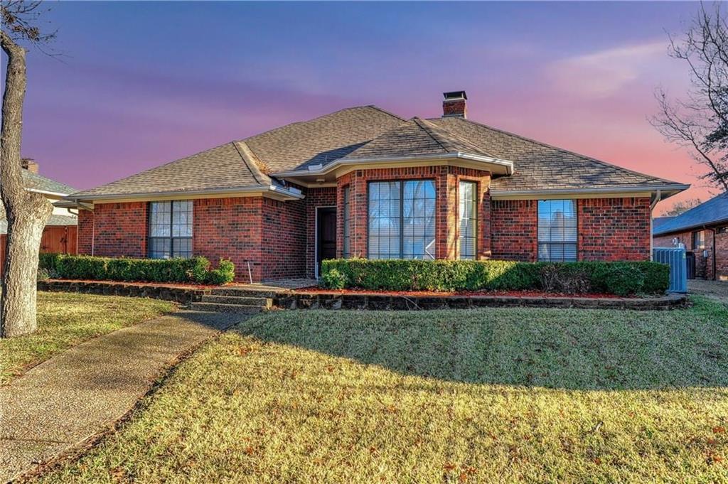 Garland Neighborhood Home For Sale - $319,000
