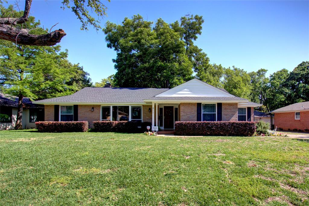 Dallas Neighborhood Home For Sale - $489,000
