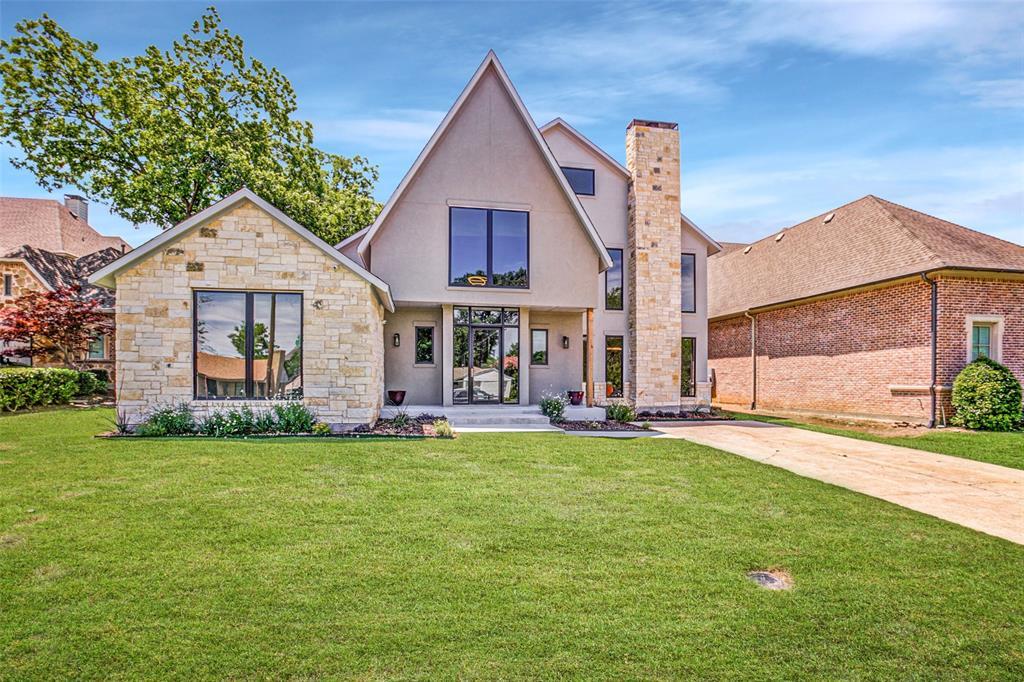 Dallas Neighborhood Home For Sale - $1,590,000