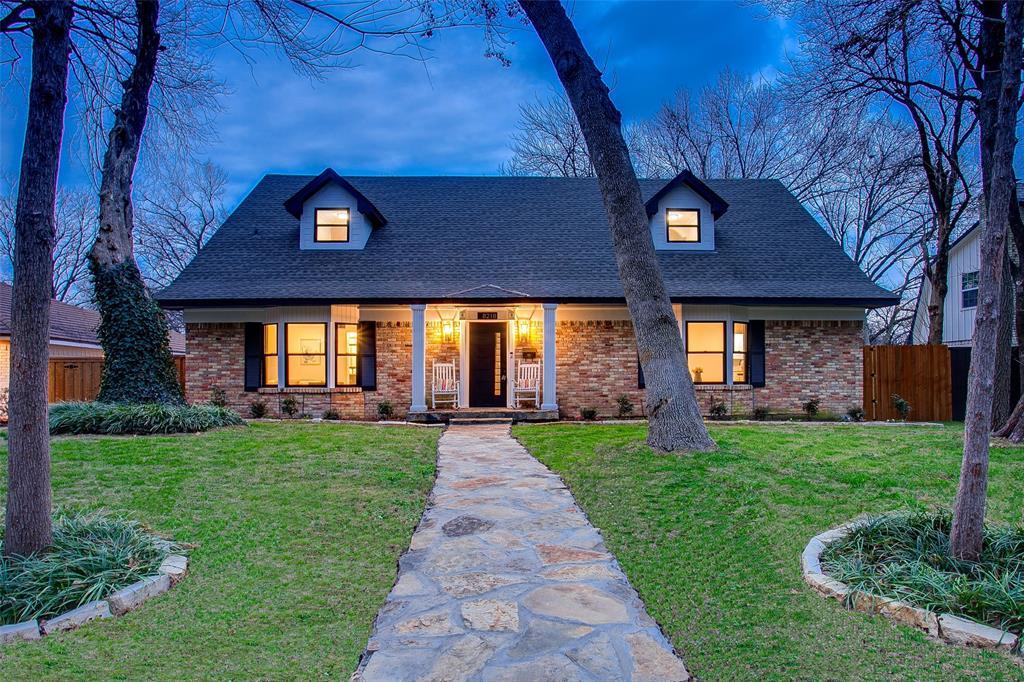 Dallas Neighborhood Home For Sale - $649,000