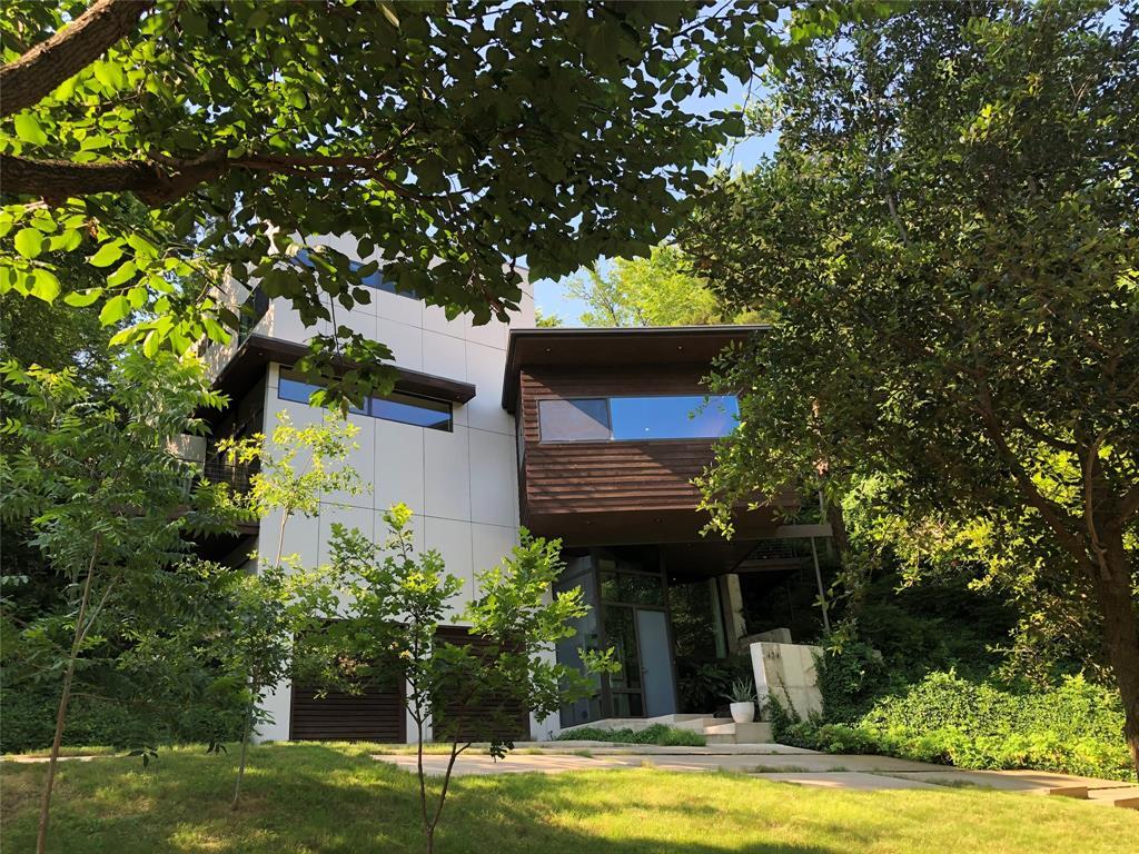 Dallas Neighborhood Home For Sale - $1,258,000